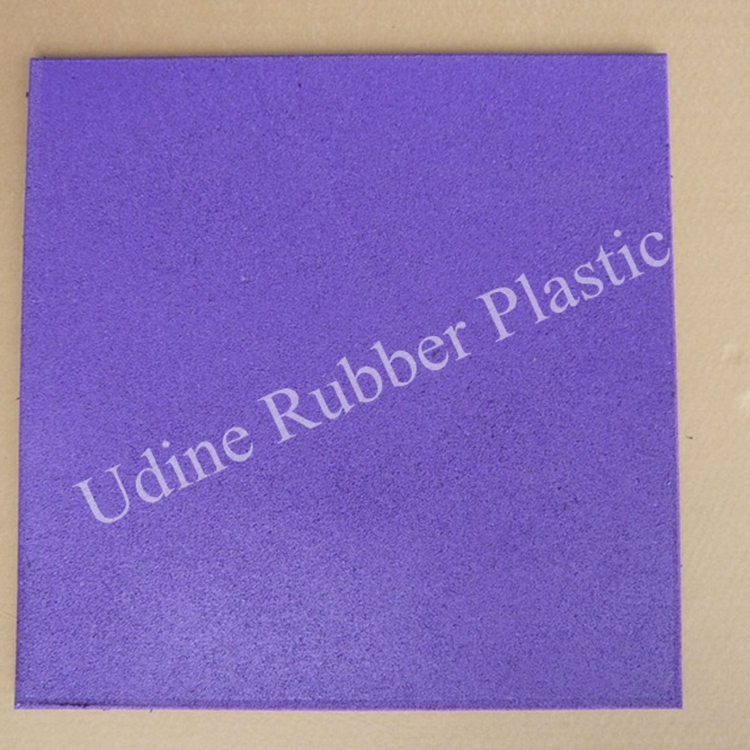 11mm Thickness Rubber Flooring Tiles Green Color